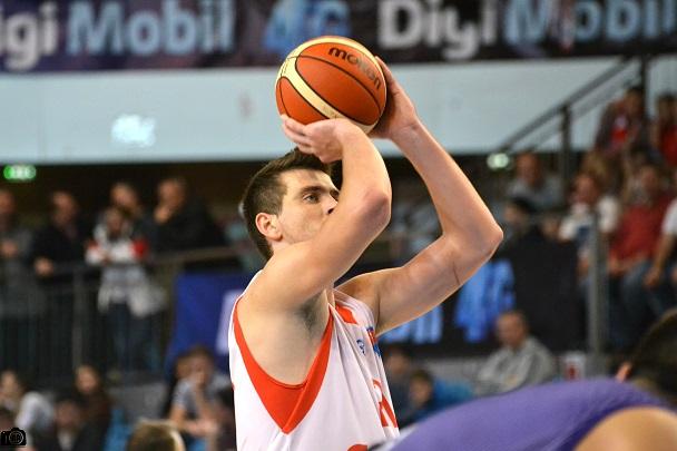 Record stagional de puncte pentru Bogdan Țîbîrnă
